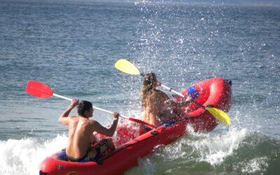 Pas på den knald røde gummibåd